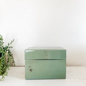 Seafoam green tin